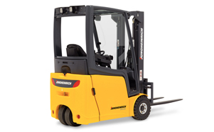 Counterbalanced_fork_lift_trucks